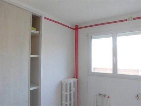 location appartement 4 pi ces dole appartement f4 t4 4 pi ces 63 39m 530 mois. Black Bedroom Furniture Sets. Home Design Ideas
