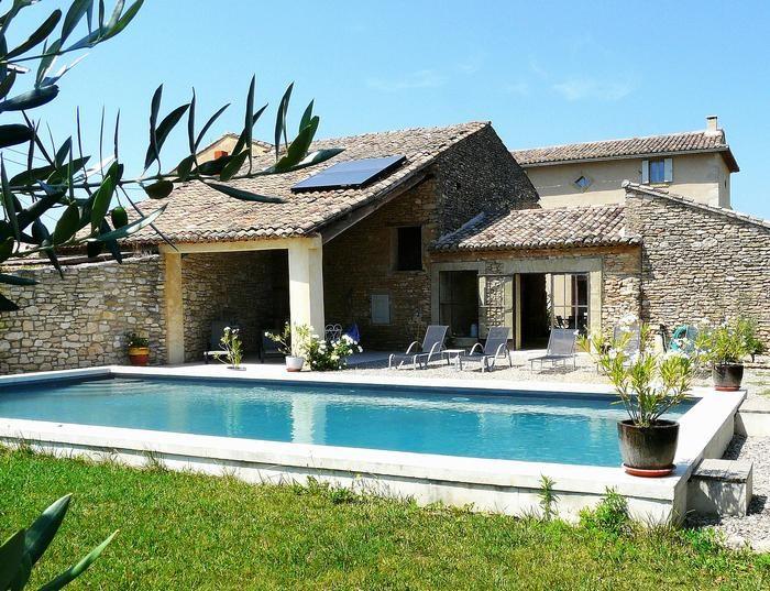 Villa de prestige située à Gordes avec piscine privée pour 12 personnes