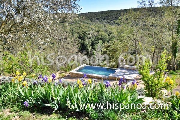 Maison pour 10 pers. avec piscine, Montclus