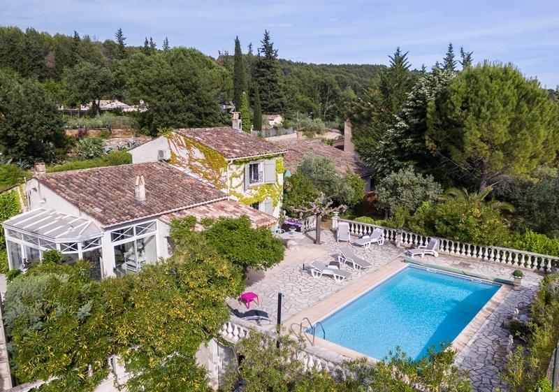 Location vacances Draguignan -  Maison - 8 personnes - Barbecue - Photo N° 1