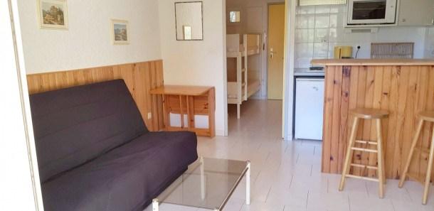 Location vacances Six-Fours-les-Plages -  Appartement - 4 personnes - Télévision - Photo N° 1