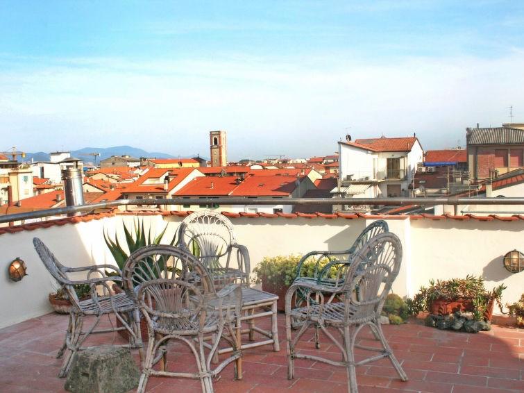 Appartement pour 3 à Viareggio