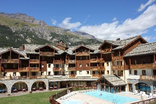 Location vacances Lanslebourg-Mont-Cenis -  Appartement - 4 personnes - Court de tennis - Photo N° 1