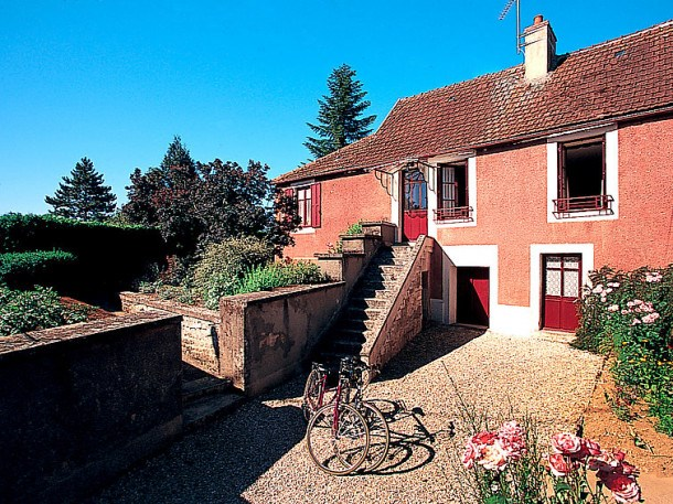 Location vacances Semur-en-Auxois -  Maison - 4 personnes - Barbecue - Photo N° 1