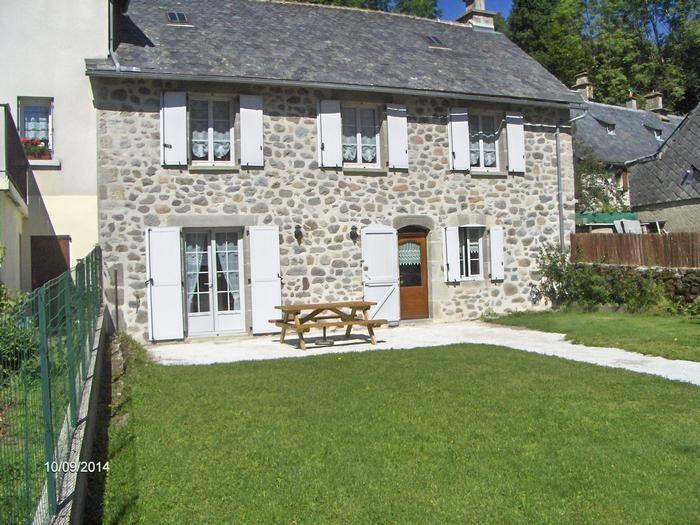 Location vacances Mandailles-Saint-Julien -  Maison - 6 personnes - Barbecue - Photo N° 1