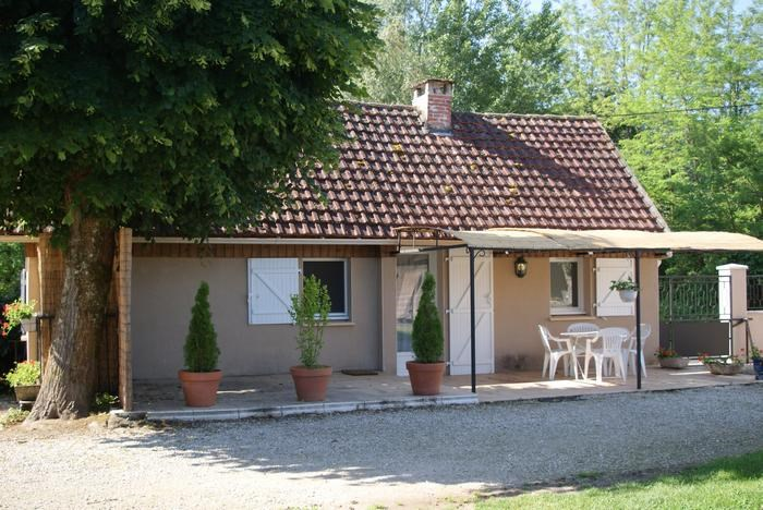 Location vacances Vayrac -  Maison - 4 personnes - Barbecue - Photo N° 1