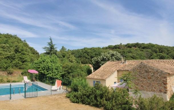 Location vacances Saint-Julien-de-Peyrolas -  Maison - 6 personnes - Barbecue - Photo N° 1