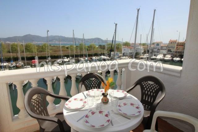 Holiday rentals Castelló d'Empúries - Apartment - 6 persons - Garden furniture - Photo N° 1