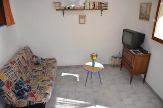 Holiday rentals Allemagne-en-Provence - Apartment - 4 persons - Garden - Photo N° 1