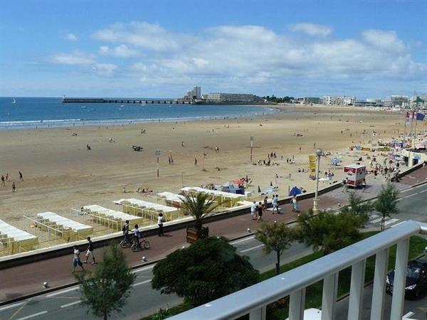 Location vacances Les Sables-d'Olonne -  Appartement - 3 personnes - Micro-onde - Photo N° 1