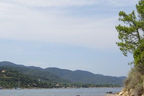 plage se trouvant à 5minutes à pied de la villa