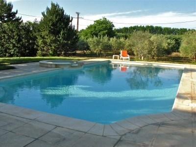 Maison dans les oliviers avec piscine 6m x 13m et jacuzzi débordant - Cazouls-d'Hérault