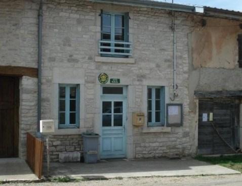 Location vacances Corveissiat -  Maison - 6 personnes - Barbecue - Photo N° 1