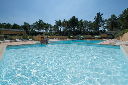 Camping le Domaine des Pins -Mobil-home GOLD 3 Chambres 6pers