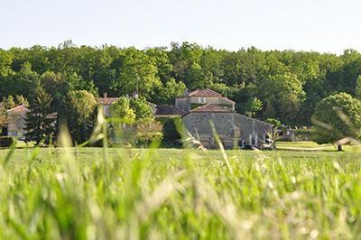Location vacances Mouthiers-sur-Boëme -  Maison - 4 personnes - Barbecue - Photo N° 1