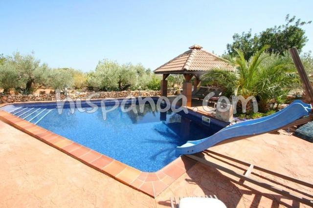 Agréable villa à louer pour 8 pers avec piscine à Ametlla de Mar