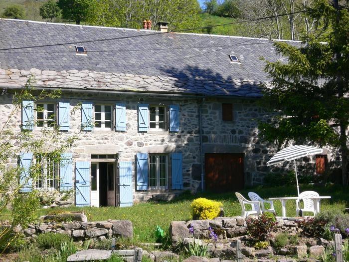 Location vacances Lavigerie -  Maison - 6 personnes - Barbecue - Photo N° 1