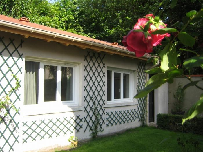 Location vacances Neuilly-Plaisance -  Maison - 2 personnes - Barbecue - Photo N° 1