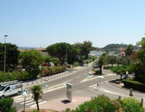 Location vacances Cavalaire-sur-Mer -  Appartement - 4 personnes - Climatisation - Photo N° 1