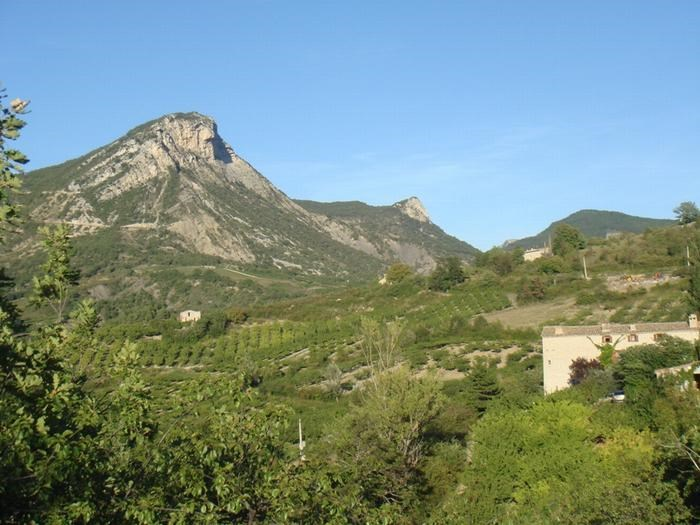 The lodging and the mountain of Bramard