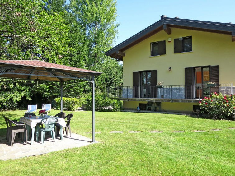 Location vacances Laveno-Mombello -  Appartement - 6 personnes -  - Photo N° 1