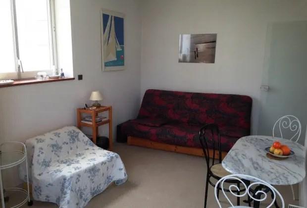 Location vacances Royan -  Appartement - 3 personnes - Salon de jardin - Photo N° 1
