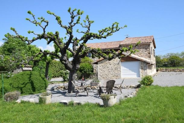 Gite - Saint Étienne de Fontbellon