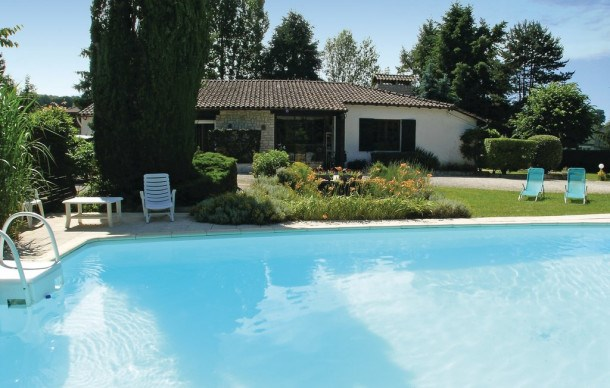 Location vacances Vergt -  Maison - 6 personnes - Barbecue - Photo N° 1