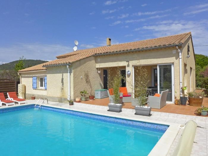 Villa  for 8 people classified 3* with private pool in a charming village