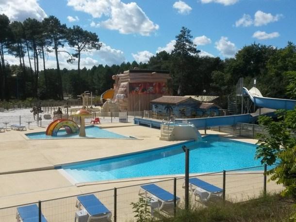 Location vacances Salles -  Maison - 4 personnes - Salon de jardin - Photo N° 1