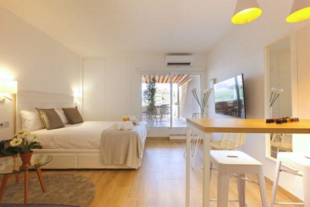 Location vacances Benalmádena -  Appartement - 3 personnes - Télévision - Photo N° 1