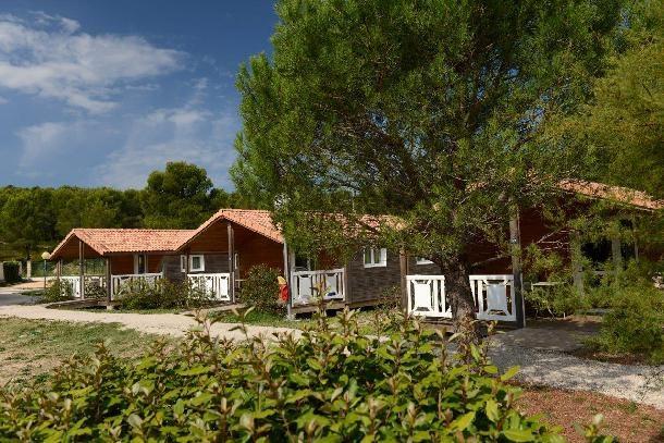 Location vacances Carnoux-en-Provence -  Maison - 8 personnes - Court de tennis - Photo N° 1