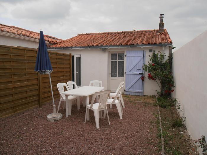 Holiday rentals Saint-Vincent-sur-Jard - House - 5 persons - BBQ - Photo N° 1