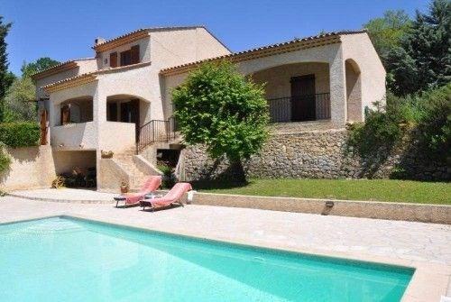 Très belle villa individuelle bien aménagée, tranquillité, avec jardin, piscine privée, terrasse couverte et une terr...