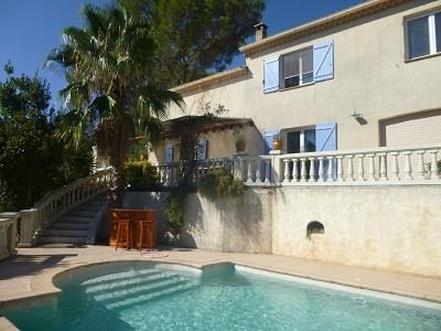 Location vacances Roquebrune-sur-Argens -  Maison - 12 personnes - Barbecue - Photo N° 1