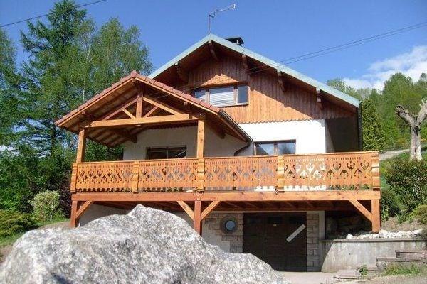 Location vacances Le Thillot -  Maison - 14 personnes - Barbecue - Photo N° 1