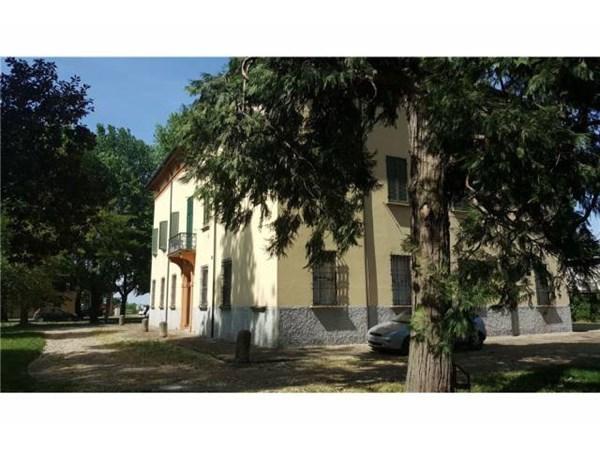 Vente Maison 6 pièces 700m² Castel San Pietro Terme