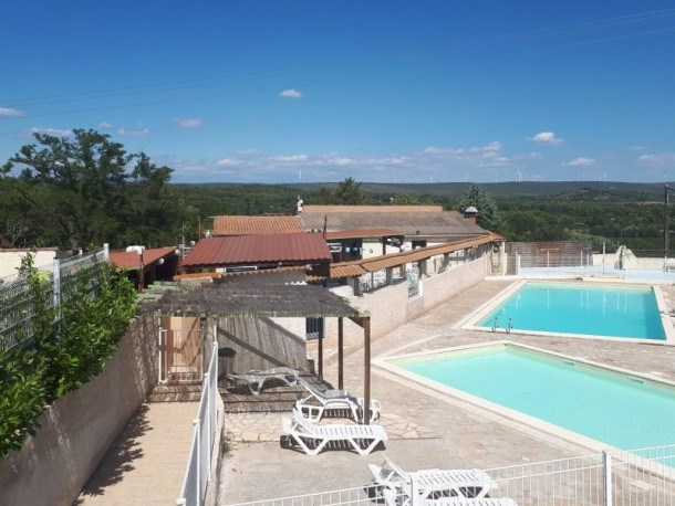 Location vacances Villeveyrac -  Maison - 4 personnes - Salon de jardin - Photo N° 1