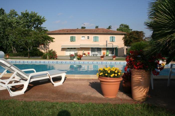 Appartement pour 5 pers. avec piscine privée, Aussonne