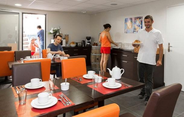 Location vacances Chinon -  Appartement - 6 personnes - Congélateur - Photo N° 1
