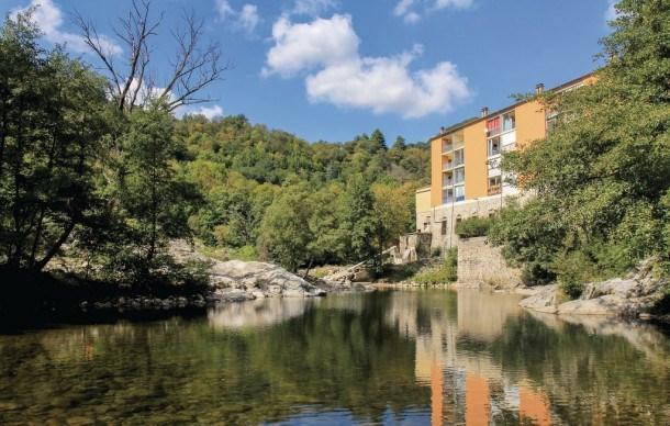 Location vacances Vals-les-Bains -  Appartement - 4 personnes - Barbecue - Photo N° 1