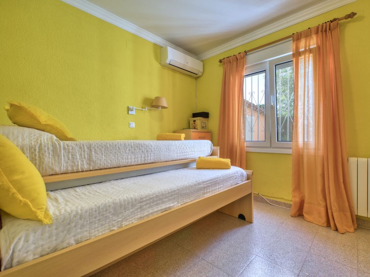 Location vacances Oliva -  Maison - 6 personnes -  - Photo N° 1