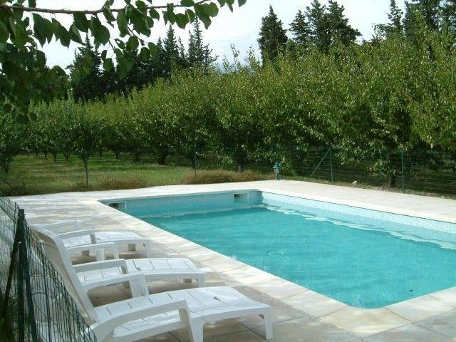 Clos Christol est composé de 2 maisons de vacances entièrement indépendantes, chacune avec sa propre piscine privée (...