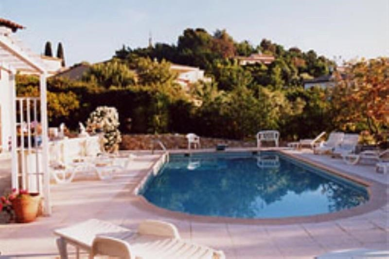 Location vacances Antibes -  Appartement - 5 personnes - Barbecue - Photo N° 1
