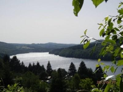 Maison (classée 3 étoiles) dans résidence privée au bord du lac de La Raviège - La Salvetat sur Agout