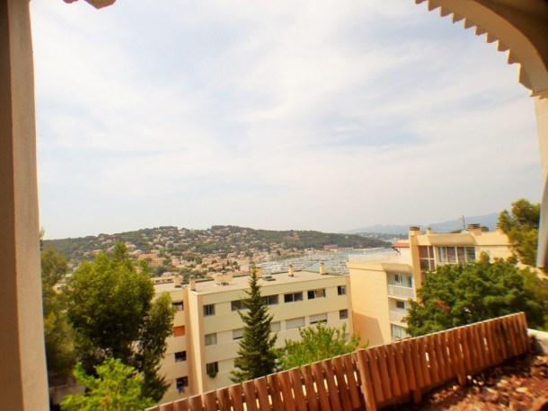 Superbe vue sur le port, résidence avec piscine