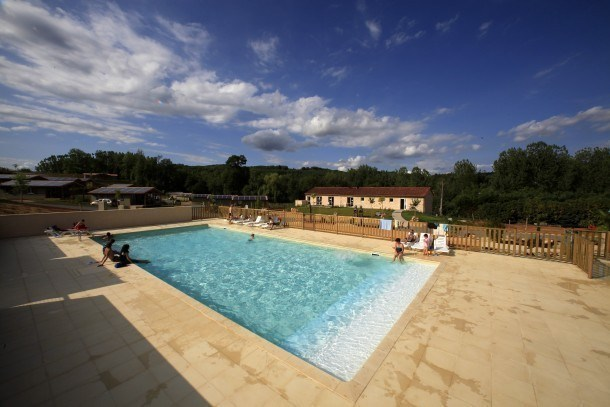 Location vacances Cazals -  Maison - 4 personnes - Salon de jardin - Photo N° 1