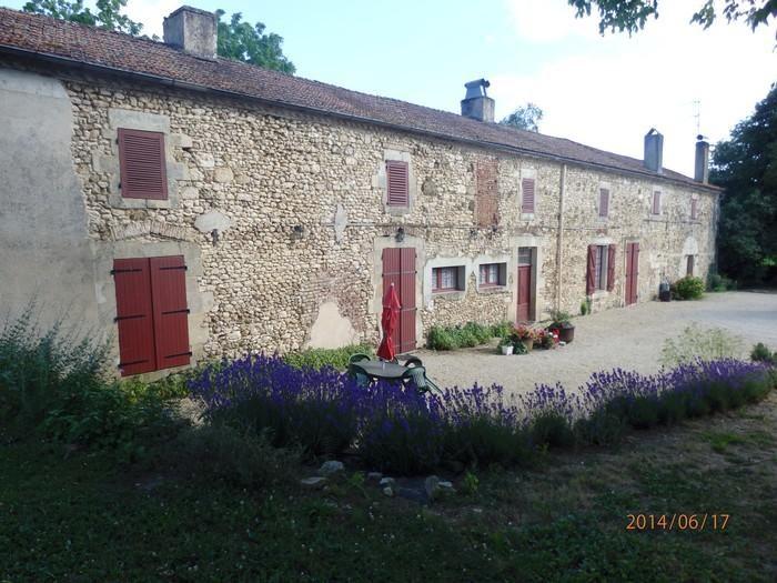Location vacances Saint-Félix-de-Reillac-et-Mortemart -  Maison - 8 personnes - Barbecue - Photo N° 1