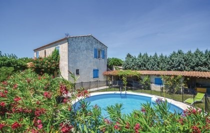 Location vacances Camaret-sur-Aigues -  Maison - 9 personnes - Jardin - Photo N° 1