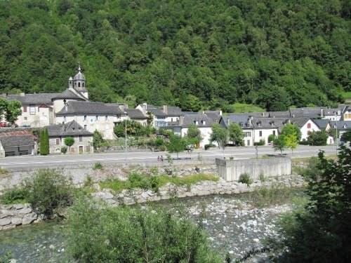 Location saisonnière maison en village de montagne